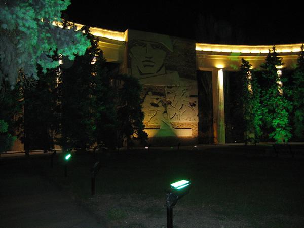 Дом Павлова Волгоград Сталинград  дом павлова ночью